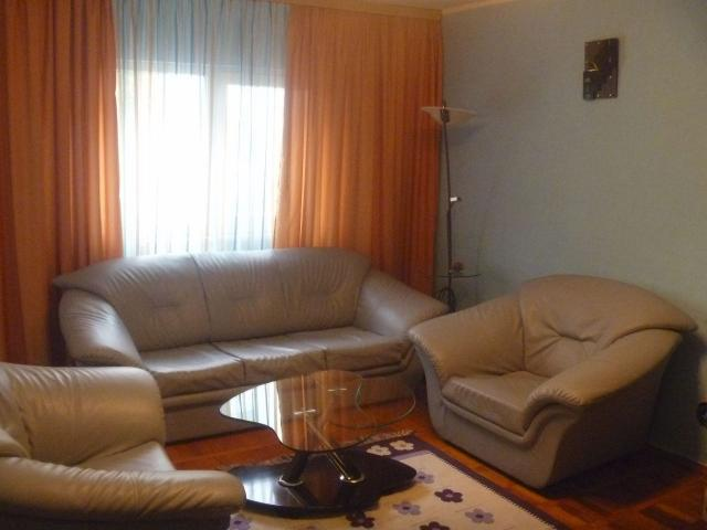 Apartament 3 Camere zona Far - 1/5